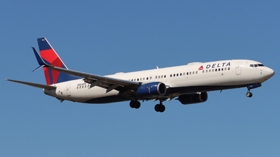 A picture of N853DN - Boeing 737932(ER) - Delta Air Lines - © Ethan Peters