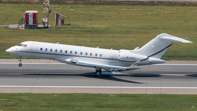 M-TSLT - Bombardier BD-700-1A10 Global 6000 - Private