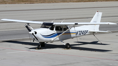 N724SP - Cessna 172S Skyhawk SP - Long Beach Flying Club