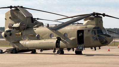 12-08107 - Boeing CH-47F Chinook - United States - US Army