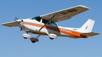 A picture of VHWNF - Cessna 172N Skyhawk - [17269286] - © Andrew Lesty