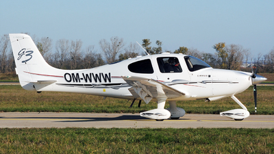 OM-WWW - Cirrus SR22-GTS G3 - Private
