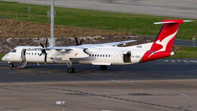 A picture of VHQOK - De Havilland Canada Dash 8400 - Qantas - © James Saunders