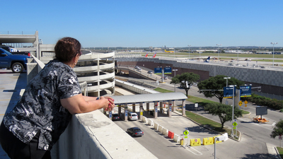 KSAT - Airport - Spotting Location