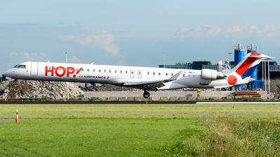 A picture of FHMLH - Mitsubishi CRJ1000EL - Air France - © Fabrizio Spicuglia