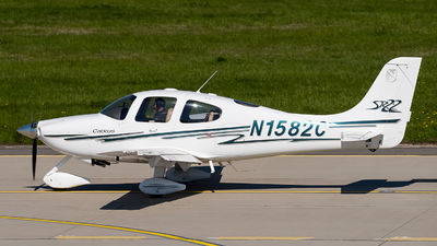 N1582C - Cirrus SR22 - Private