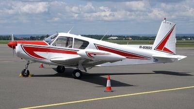 N60695 - SIAI-Marchetti S205 20/R - Euroaviation