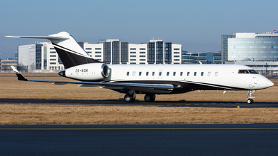 ZS-KDR - Bombardier BD-700-1A10 Global Express - Private