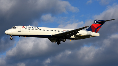 N995AT - Boeing 717-2BD - Delta Air Lines