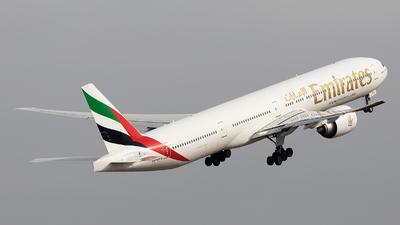 A6-EPG - Boeing 777-31HER - Emirates