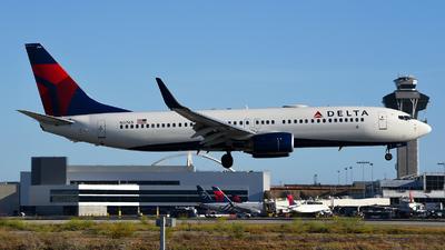 N3765 - Boeing 737-832 - Delta Air Lines