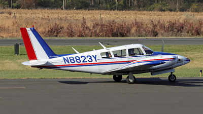 N8823Y - Piper PA-30-160 Twin Comanche - Private