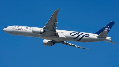 F-GZNT - Boeing 777-328ER - Air France
