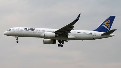 P4-GAS - Boeing 757-2G5 - Air Astana