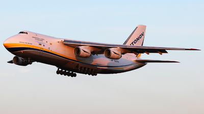 A picture of UR82072 - Antonov An124100150 - Antonov Design Bureau - © Ark Smolkowski