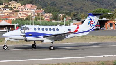 HB-GSF - Beechcraft B300 King Air 350i - Swiss Flight Services (SFS)