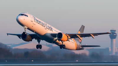 G-TCDW - Airbus A321-211 - Thomas Cook Airlines