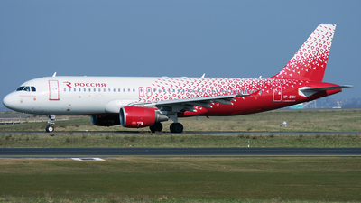 VP-BWH - Airbus A320-216 - Rossiya Airlines