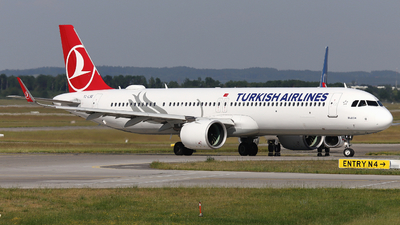 A picture of TCLSE - Airbus A321271NX - Turkish Airlines - © Domi Einert