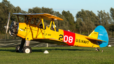 N53750 - Boeing E75N1 Stearman - Private
