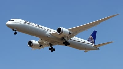 N12004 - Boeing 787-10 Dreamliner - United Airlines