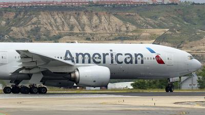 N771AN - Boeing 777-223(ER) - American Airlines
