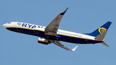 A picture of EIDPK - Boeing 7378AS - Ryanair - © Enzo Gattullo - Plane Spotters Bari