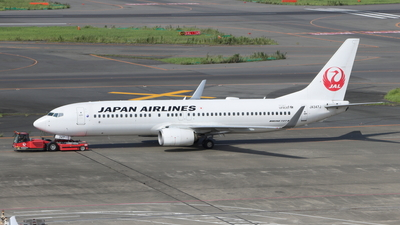 A picture of JA347J - Boeing 737846 - Japan Airlines - © Star.M