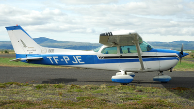 TF-PJE - Cessna 172M Skyhawk II - Private