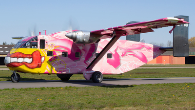 OE-FDN - Short SC-7 Skyvan 3-100 - Pink Aviation