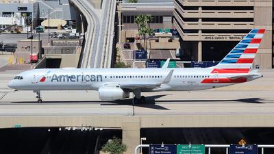 N200UU - Boeing 757-2B7 - American Airlines