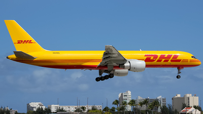 A picture of N620DL - Boeing 757232(PCF) - DHL - © Juan Carlos Aponte