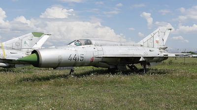 4415 - Mikoyan-Gurevich MiG-21PFM Fishbed - Czechoslovakia - Air Force