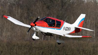 F-GDKH - Robin DR400/120 Petit Prince - Private