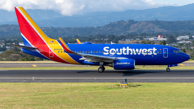 A picture of N720WN - Boeing 7377H4 - Southwest Airlines - © Cristian Quijano