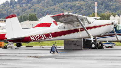 N123LJ - Cessna 180H Skywagon - Private