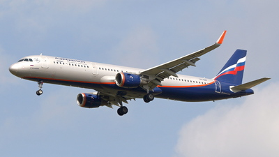 A picture of VPBAF - Airbus A321211 - Aeroflot - © F.Wolf