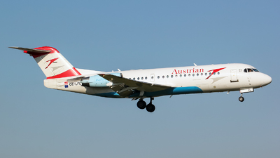 OE-LFL - Fokker 70 - Austrian Airlines