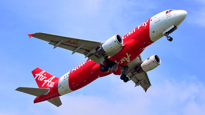 PK-AXZ - Airbus A320-216 - Indonesia AirAsia