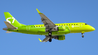 A picture of VQBYH - Embraer E170STD - S7 Airlines - © Alexander Listopad