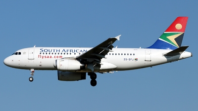 ZS-SFJ - Airbus A319-131 - South African Airways
