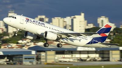 A picture of PRMHX - Airbus A320214 - LATAM Airlines - © Fabricio Lucio