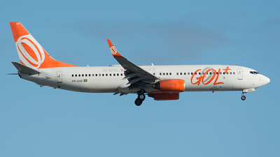 A picture of PRGGQ - Boeing 7378EH - GOL Linhas Aereas - © Delta Papa