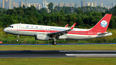A picture of B8329 - Airbus A320232 - Sichuan Airlines - © F3E1988