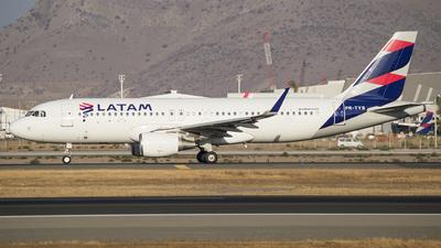 PR-TYS - Airbus A320-214 - LATAM Airlines