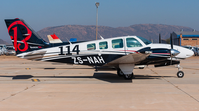 ZS-NAH - Beechcraft 58 Baron - Private