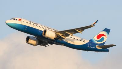 B-305M - Airbus A320-251N - Chongqing Airlines