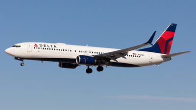 A picture of N921DU - Boeing 737932(ER) - Delta Air Lines - © Gilles ASTRE