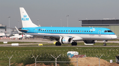 PH-EZL - Embraer 190-100STD - KLM Cityhopper