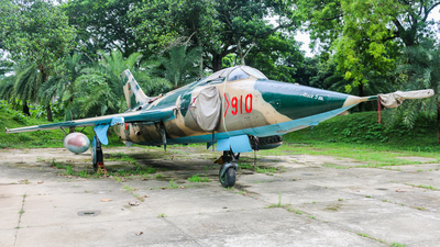 910 - Nanchang A-5 Fantan - Bangladesh - Air Force
